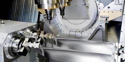 LIECHTI TURBOMILL 1400g可对长达1.4米的航空涡轮叶片进行粗加工和精加工
