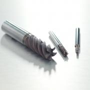 山高飞龙 JS750立铣刀 对钛合金材料进行安全可靠的铣削加工
